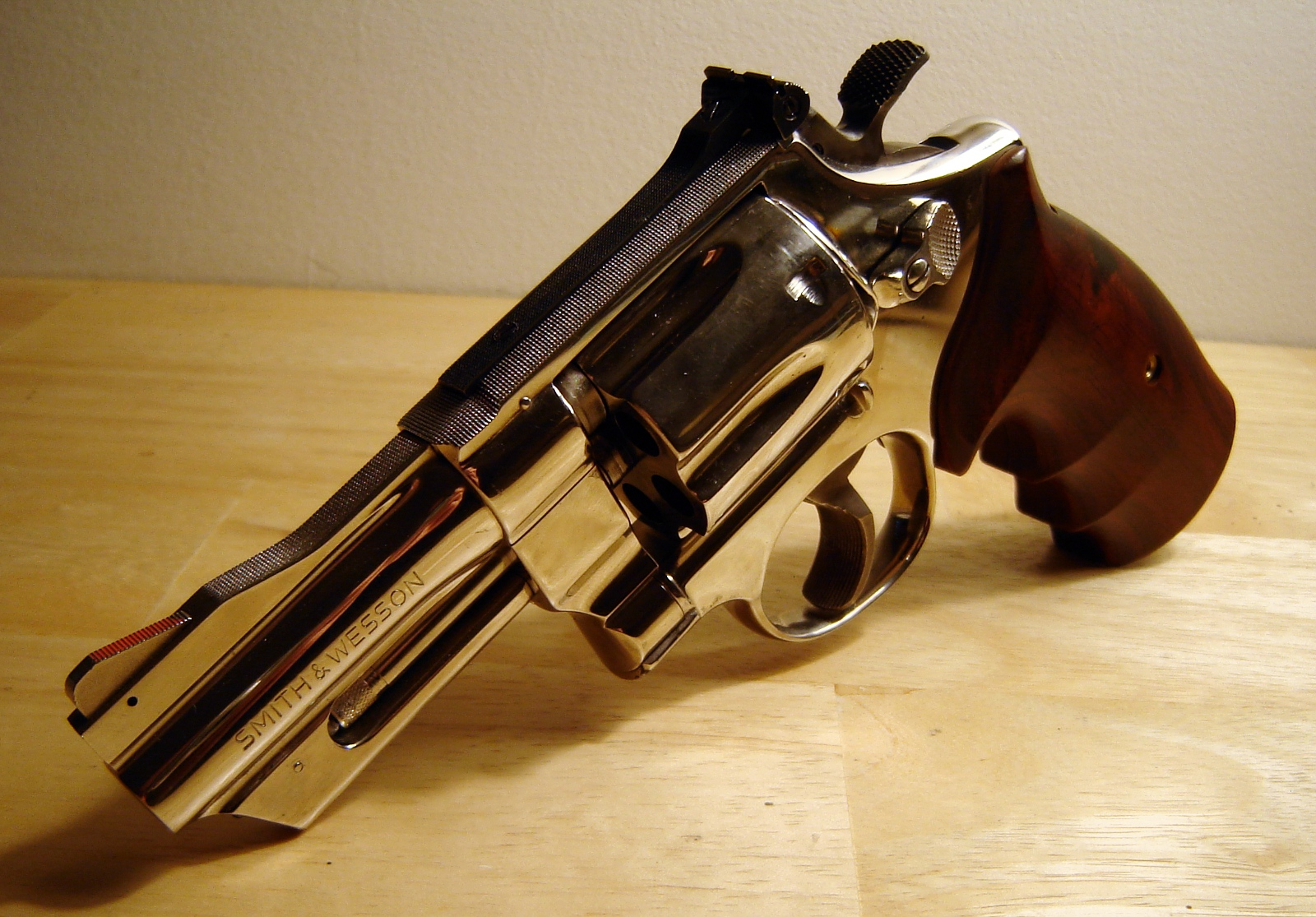Smith & Wesson » LonelyMachines